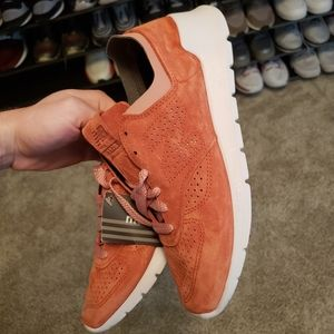 NEW BALANCE MEN'S 1978 SUEDE ATHLETIC SNEAKERS